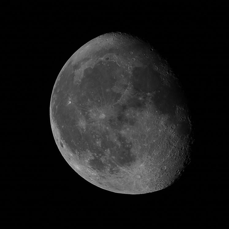 Mond fertig